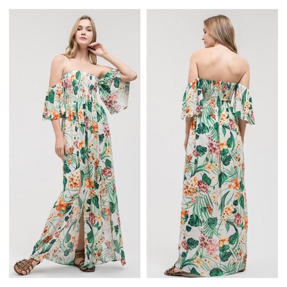 c7f6963f8b8 Tropical floral off the shoulder print maxi dress
